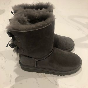 Ugg gray bailey bow boots